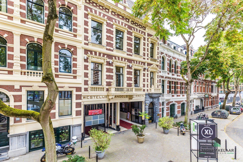 Bekijk foto 1 van Van Vollenhovenstraat 15 A