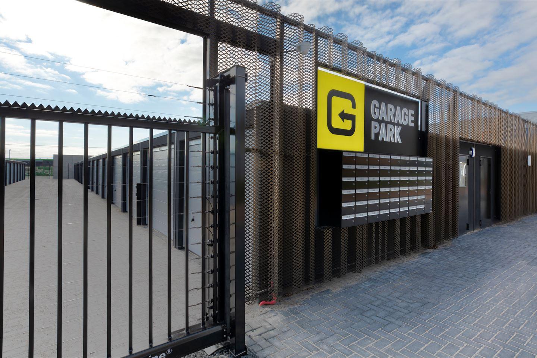Bekijk foto 2 van Garagepark Groningen