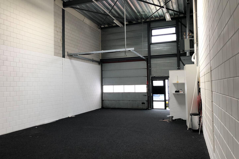 Bekijk foto 3 van Westhavenweg 64 g