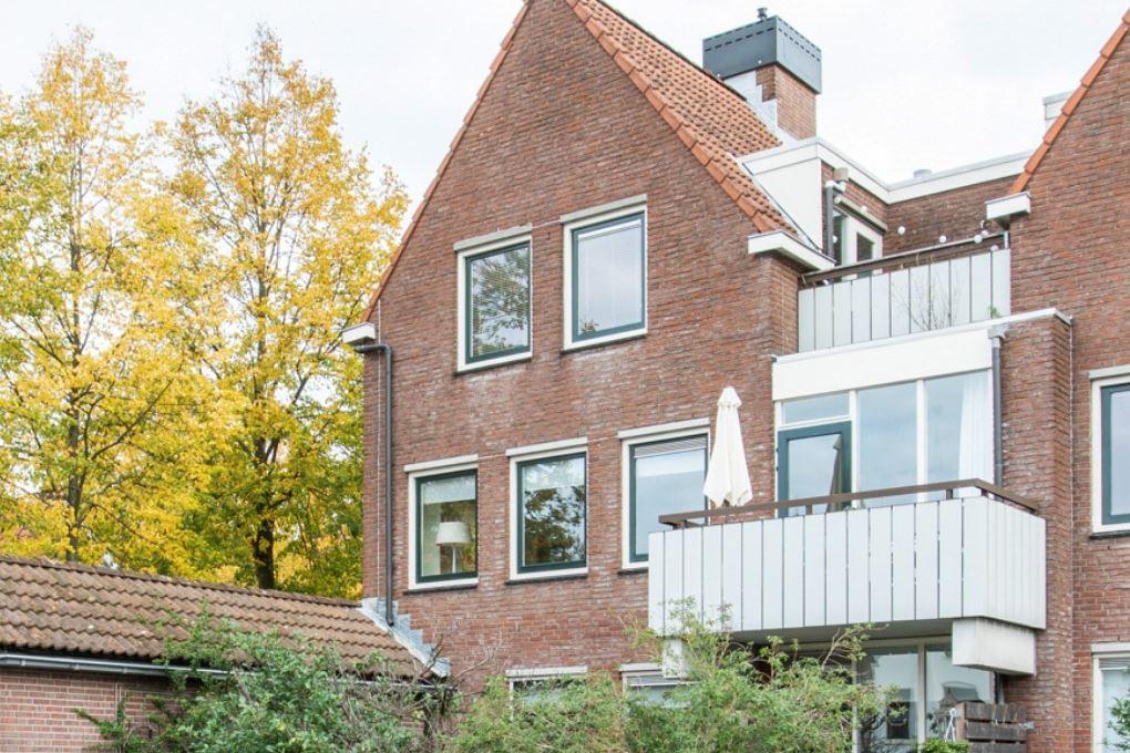 Bekijk foto 1 van Sint Janskerkhof 15