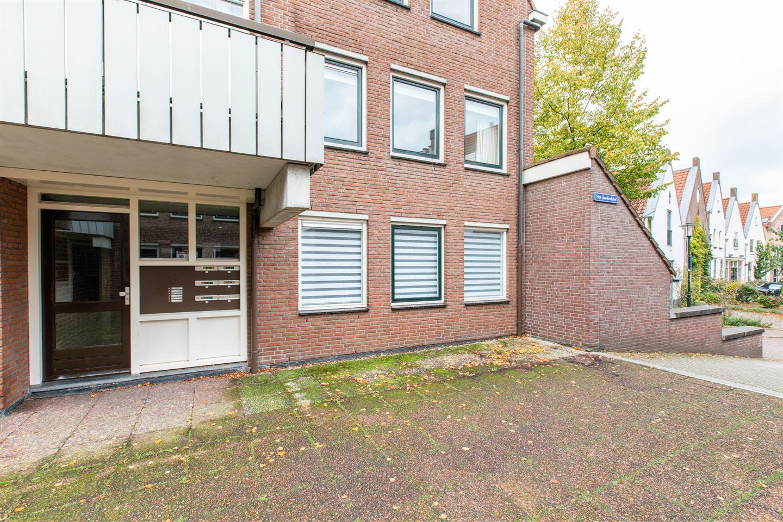 Bekijk foto 2 van Sint Janskerkhof 15