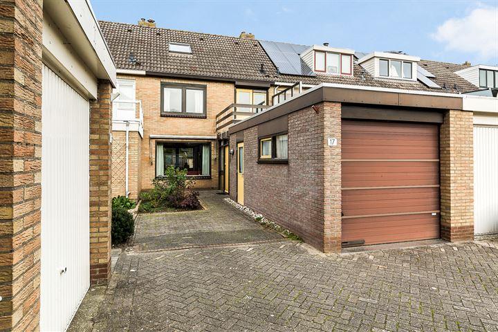 Cornelis Doetsstraat 17