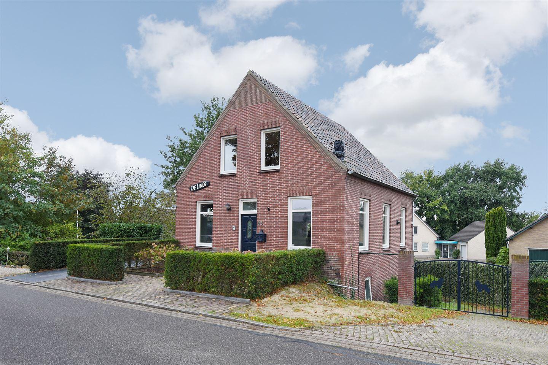 View photo 3 of Lindenlaan 55