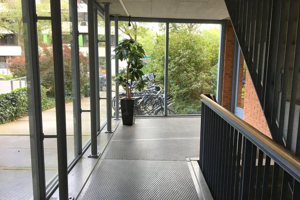 Bekijk foto 2 van Bachstraat 167