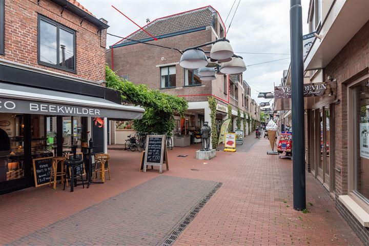 Korte Kerkstraat 15 *