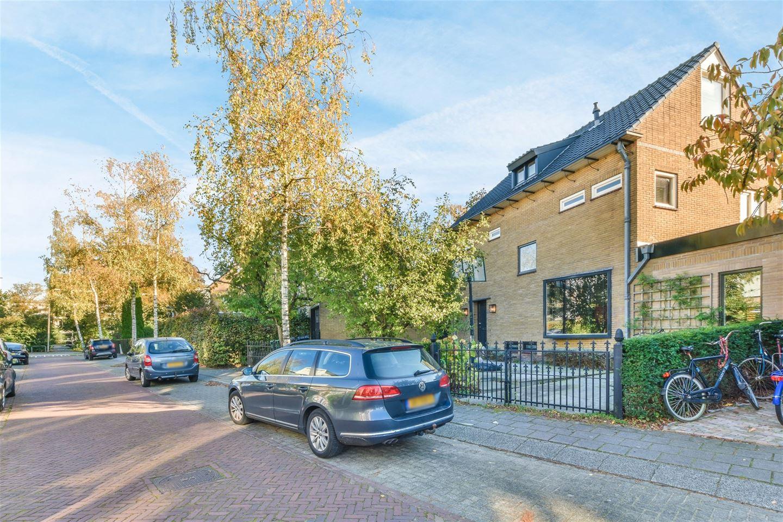 Bekijk foto 1 van Graaf Willemlaan 11