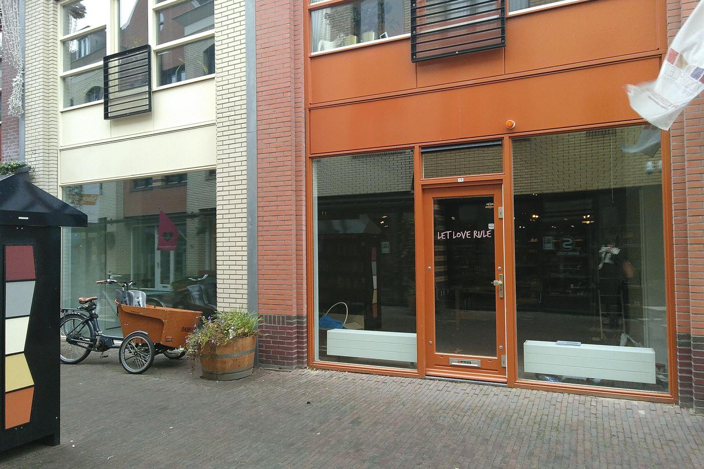 Bekijk foto 2 van Mooierstraat 19