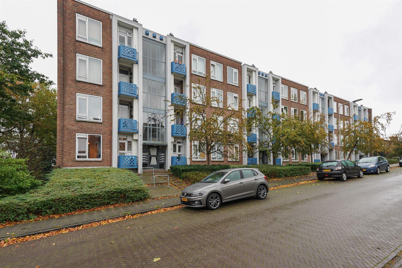 Bekijk foto 1 van Burgemeester Bloemersweg 46 1