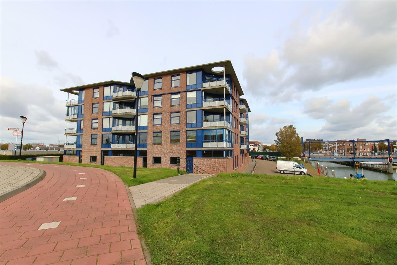 Bekijk foto 1 van Maasweg 53
