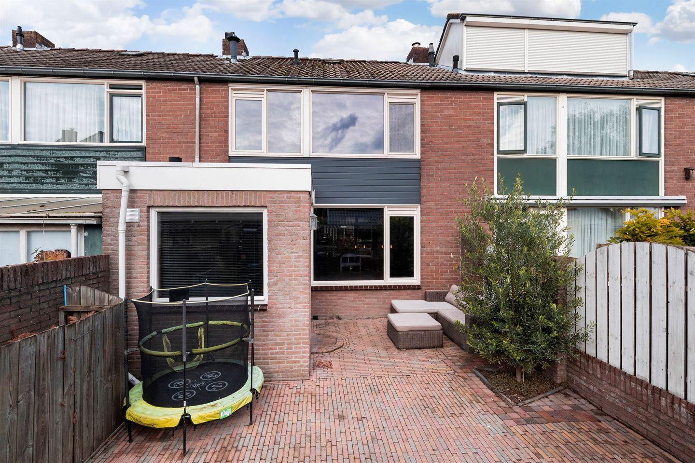 Bekijk foto 2 van Anna van Burenstraat 34