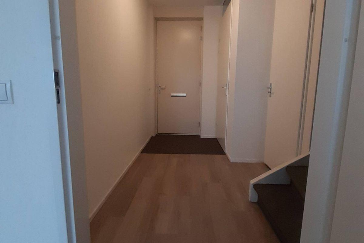 Bekijk foto 3 van Pastoor van Leeuwenstraat 44