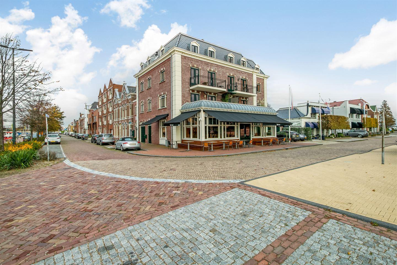 Bekijk foto 1 van Burg. De Jonghkade 35 a