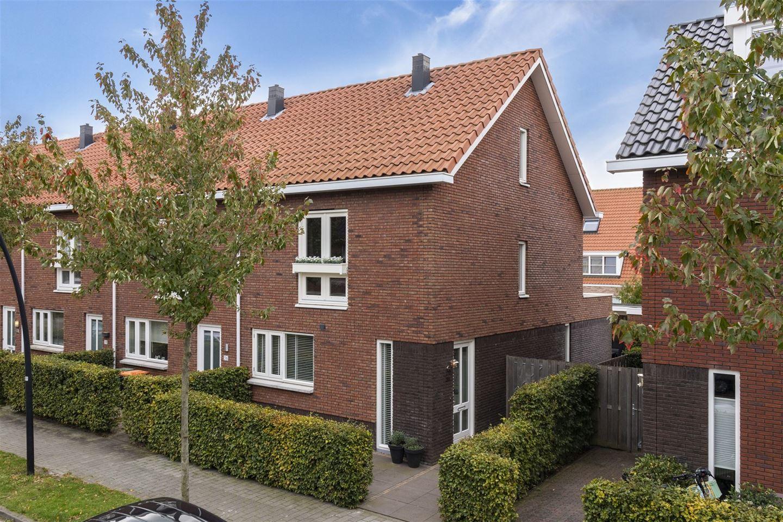 Bekijk foto 1 van Wim Vrijhoefstraat 34