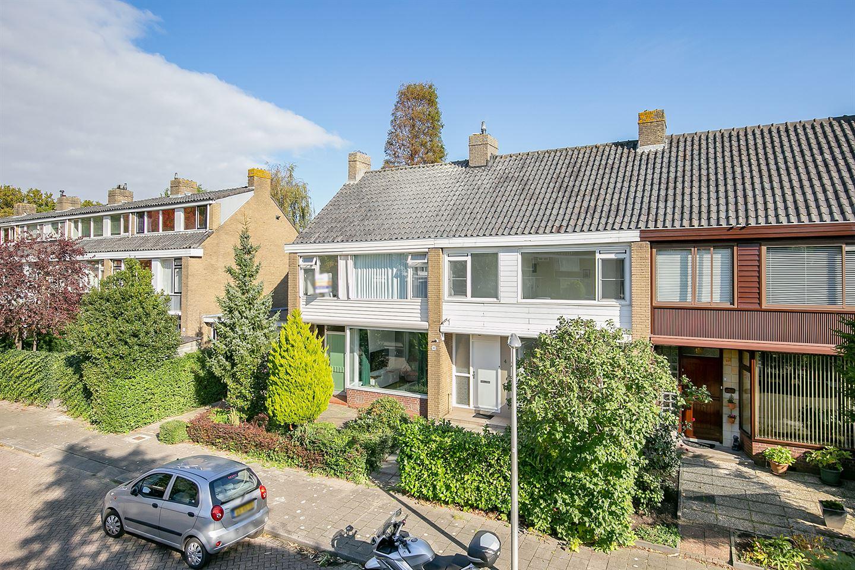 Bekijk foto 1 van H Roland Holststraat 4