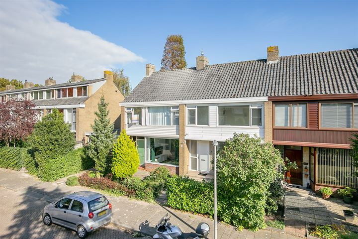 H Roland Holststraat 4