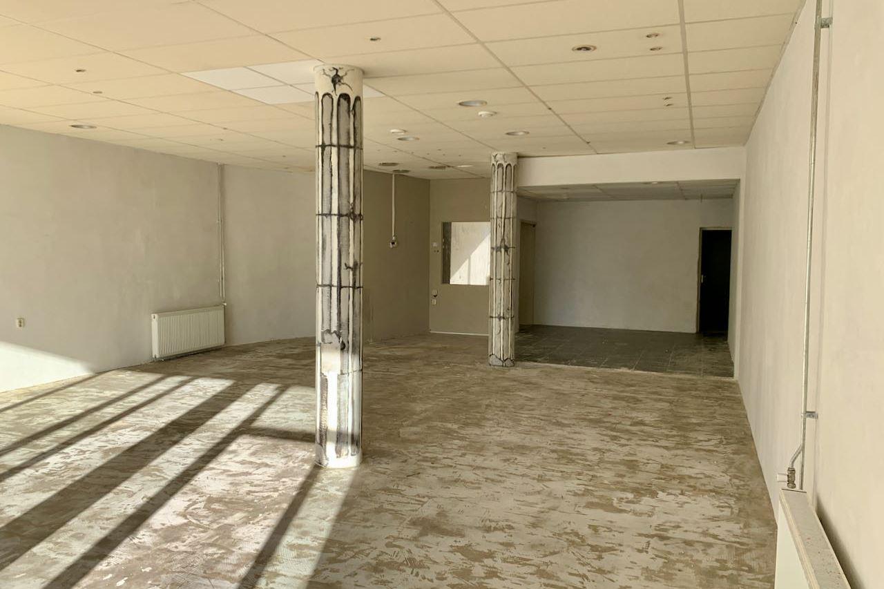 Bekijk foto 4 van Raadhuisplein 15