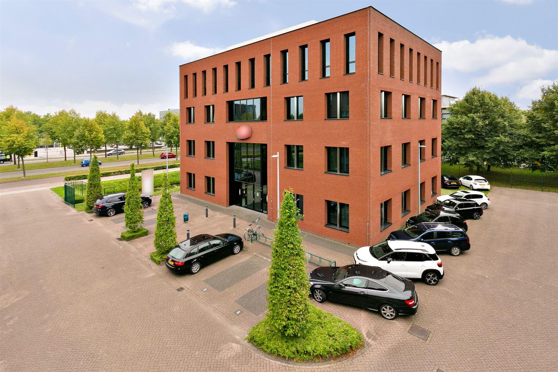 Bekijk foto 2 van Bredaseweg 129