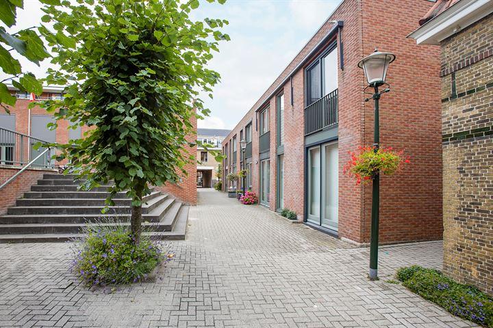 Clarissenhof 6