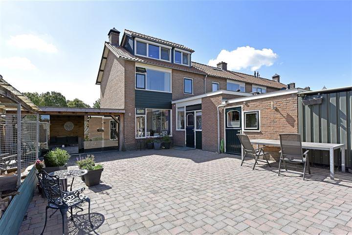 Veldstraat 24