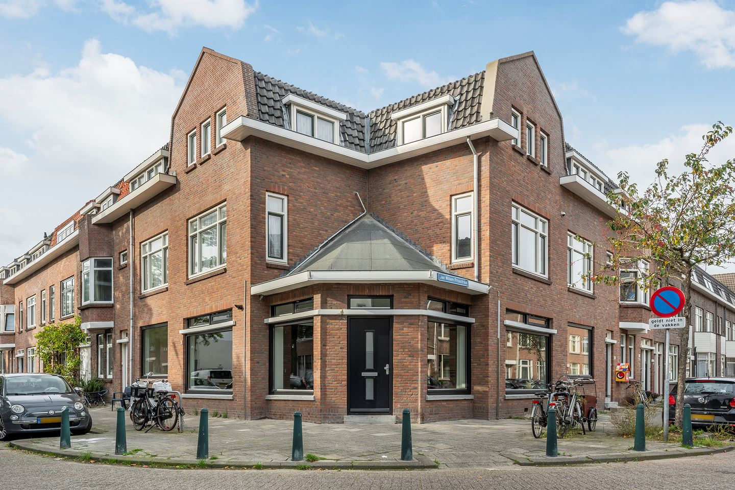 View photo 2 of Jan Willem Frisostraat 48 A
