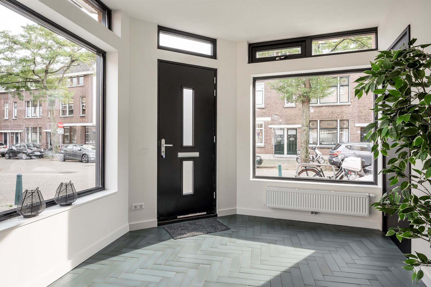 View photo 3 of Jan Willem Frisostraat 48 A