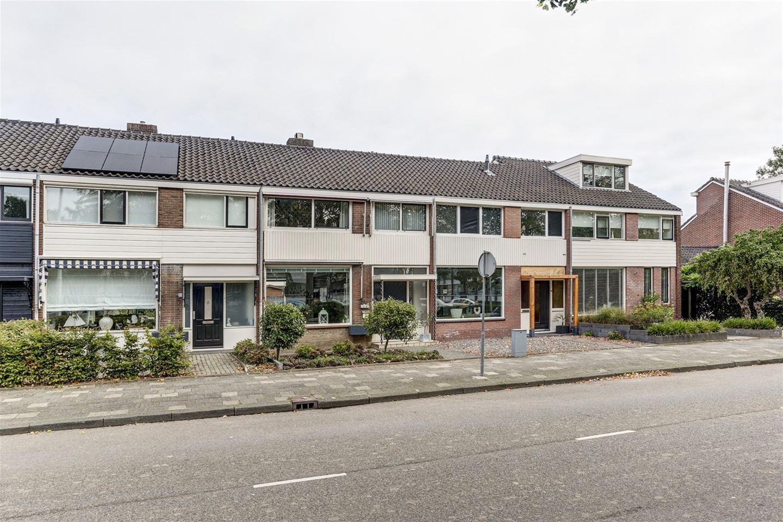 Bekijk foto 1 van Graaf Willemlaan 37