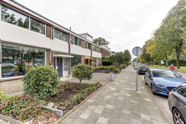 Bekijk foto 2 van Graaf Willemlaan 37