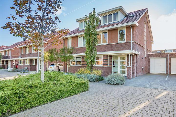 Hoogveen 72