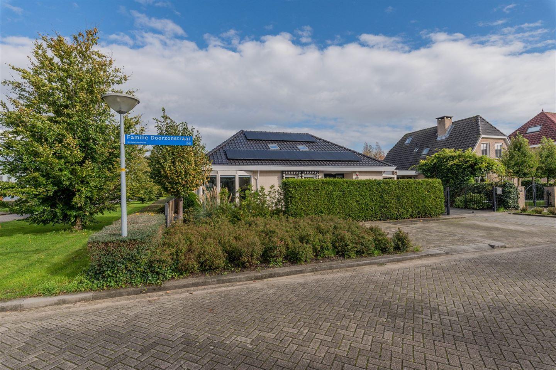 Bekijk foto 1 van Familie Doorzonstraat 1