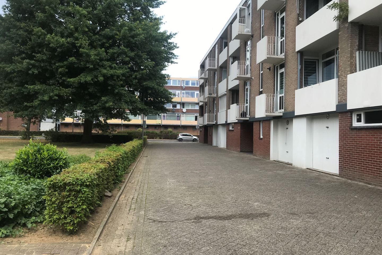 Bekijk foto 5 van Alberickstraat garage 5