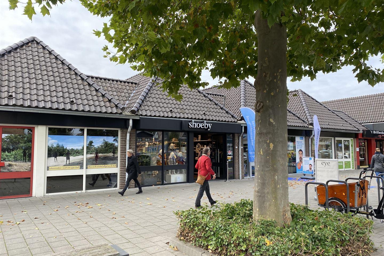 Bekijk foto 2 van Hugo de Grootstraat 34