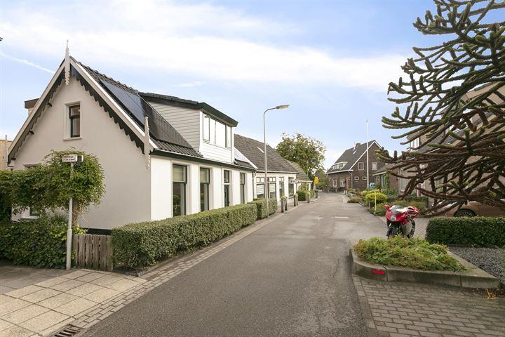 Kerkstraat 29 .