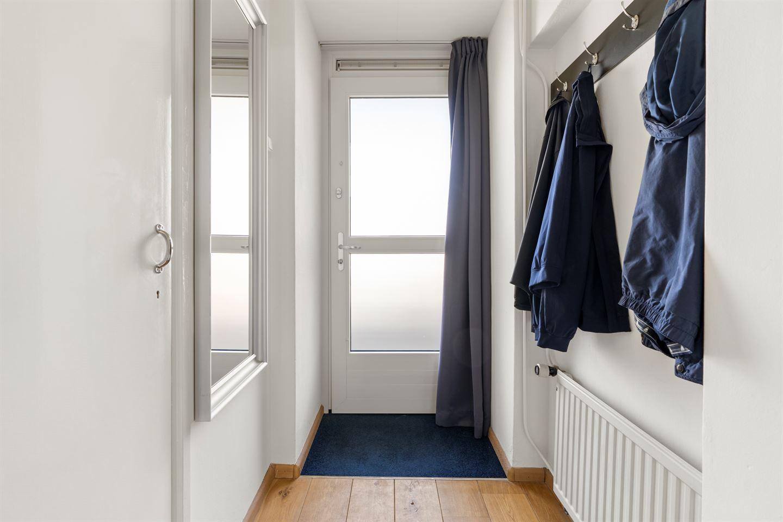 View photo 3 of Van der Waalsstraat 50 I