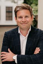 Philip Huigsloot  (NVM real estate agent)