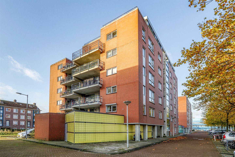 Bekijk foto 2 van Krijn Breurstraat 31