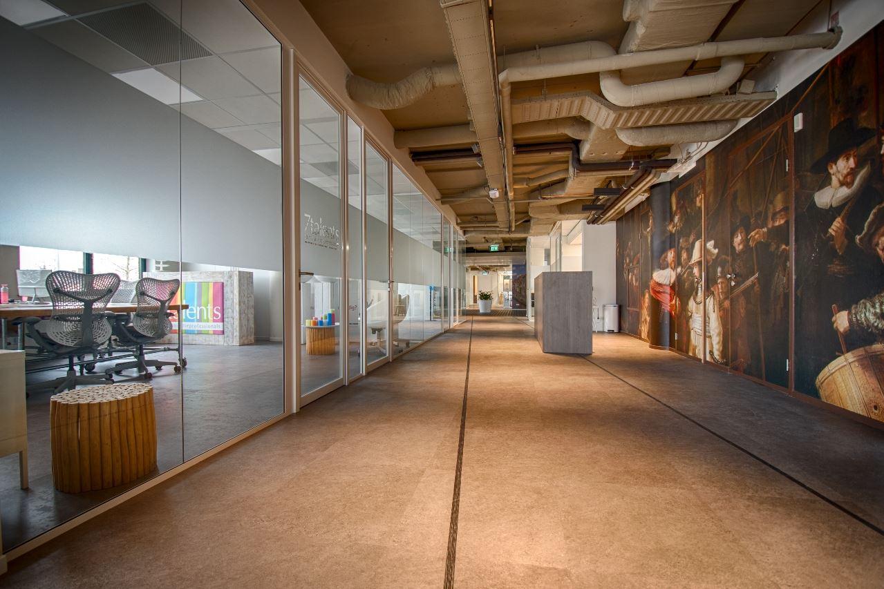 Bekijk foto 1 van Schipholweg 103-123