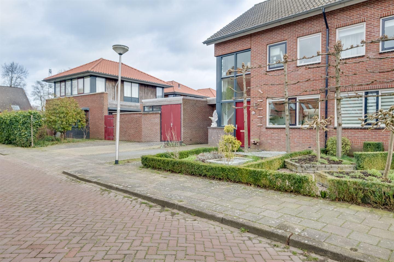 Bekijk foto 2 van Heerlijkheidstraat 42