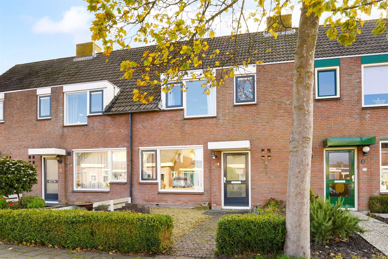Bekijk foto 1 van Notaris Steenpoortestraat 4
