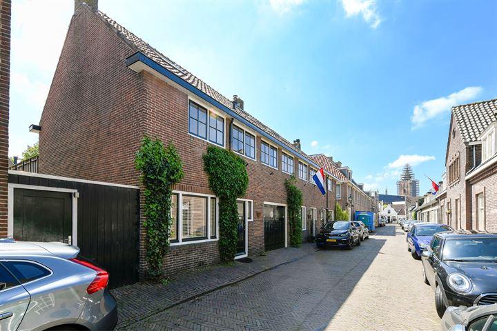 Huizerpoortstraat 30