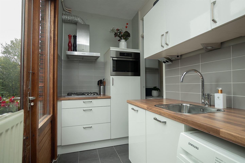 Bekijk foto 3 van Zweedsestraat 60 A2