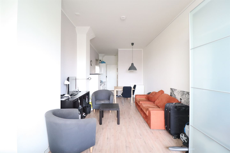Bekijk foto 2 van Willem de Zwijgerlaan 334 D10