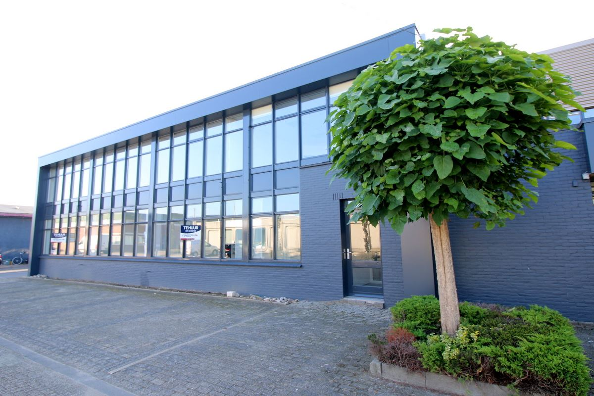 Bekijk foto 5 van Industrieweg 18