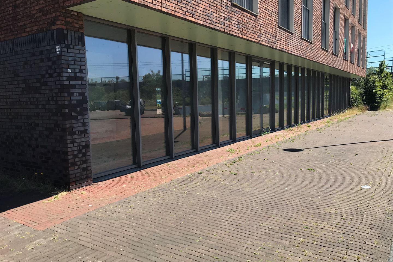 Bekijk foto 3 van Beneluxlaan 570
