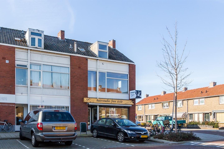 Bekijk foto 2 van Karel Doormanlaan 42