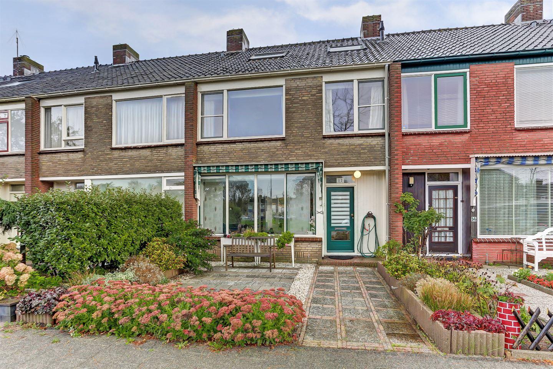 Bekijk foto 1 van Belgiëlaan 12