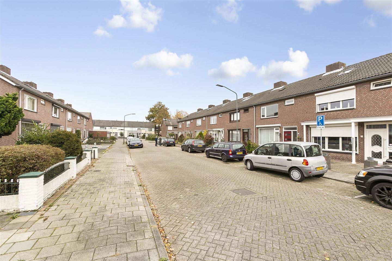 Bekijk foto 2 van Zwaluwstraat 7