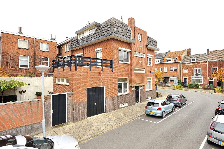 Bekijk foto 2 van Prinsenhofstraat 7