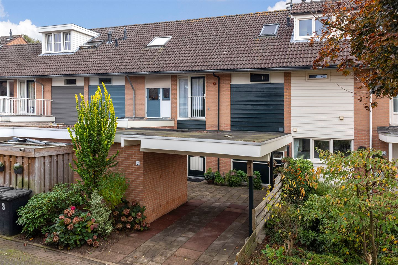 Bekijk foto 1 van Vijverberg 2