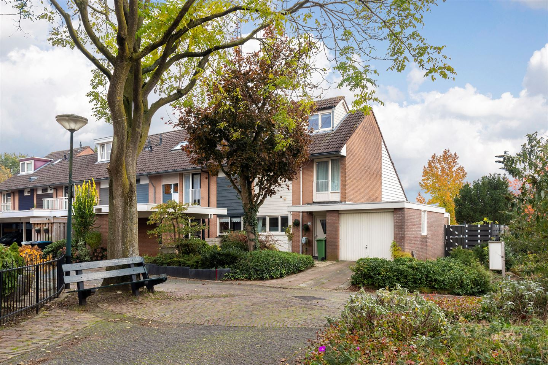 Bekijk foto 2 van Vijverberg 2