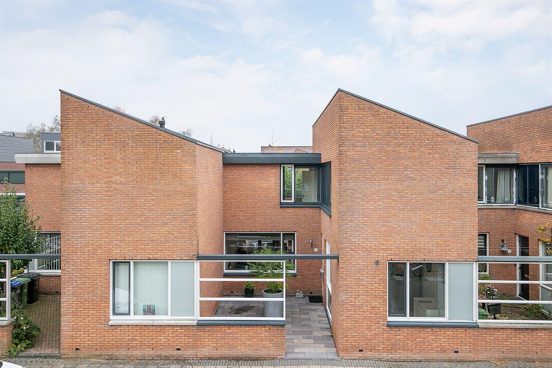 Bekijk foto 1 van Hendrik van Lunterenstraat 9